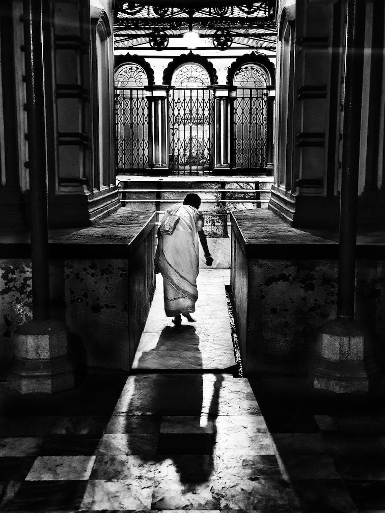 visiting legendary famous temples of Kolkata