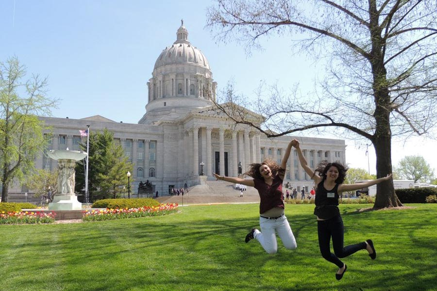 Meet Friends While Studying Abroad Missouri Capital