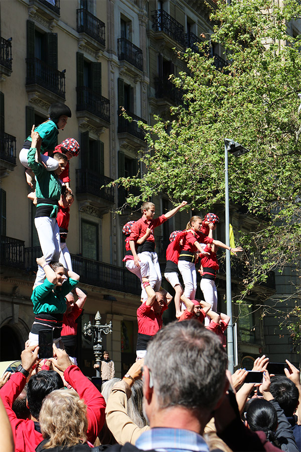 See the Human Towers and Sardana Dancing in Plaça Jaume