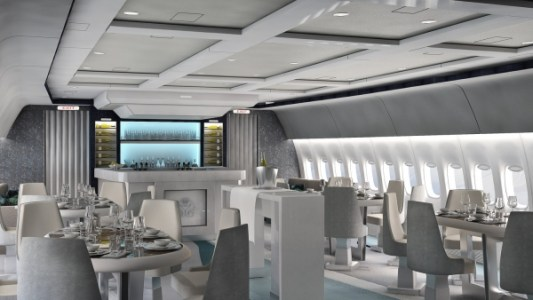 rsz_crystal_aircruises_777_-_lounge_and_bar_day