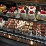 アテスウェイのクリスマスケーキ!2015年に確実に予約するための傾向と対策をご紹介!