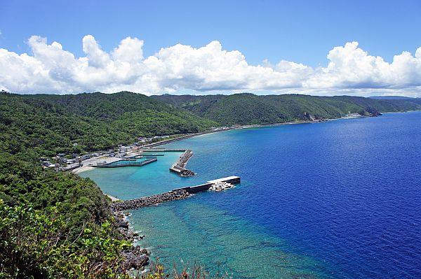 国頭村・茅打ちバンタはパワースポット~美しい海と星空を楽しもう!