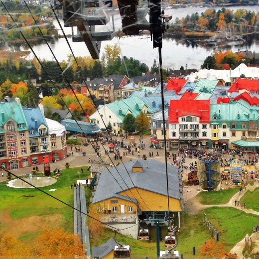 Mont-Tremblant-Village_seen_from_top