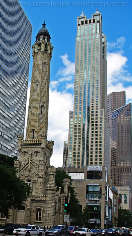 Chicago - Water Tower Place