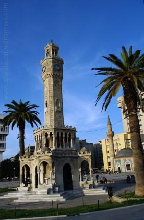 Izmir - Wieża Zegarowa na placu Konak