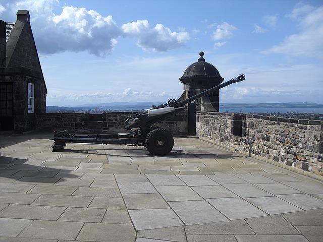 cannon-1122634_640