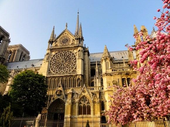 paris-272198_640