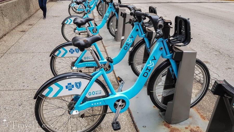 Divvy bike - Chicago Lakefront Trail