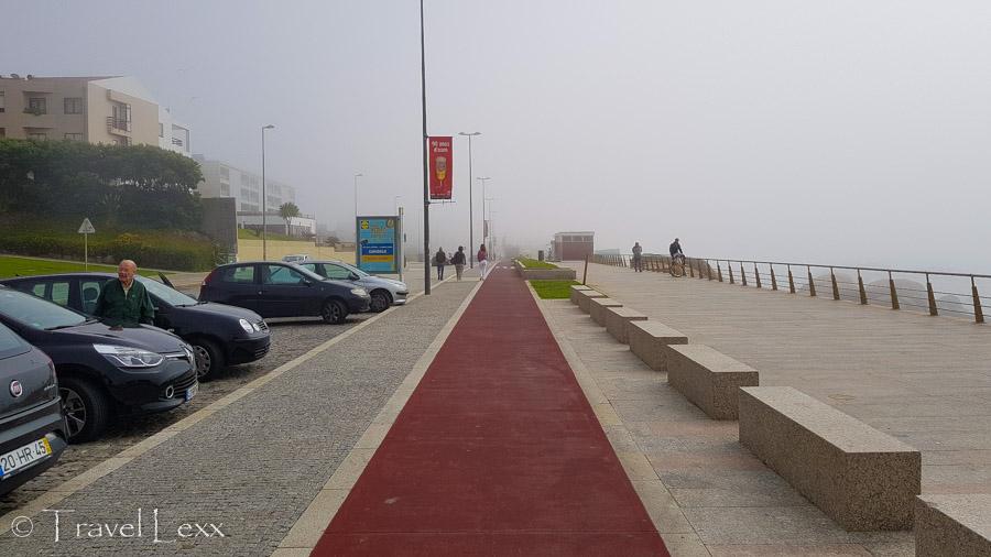 Cycling path on way to Capela do Senhor da Pedra