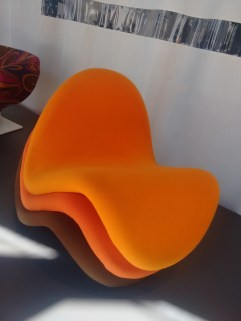 The triple layered tongue chair.