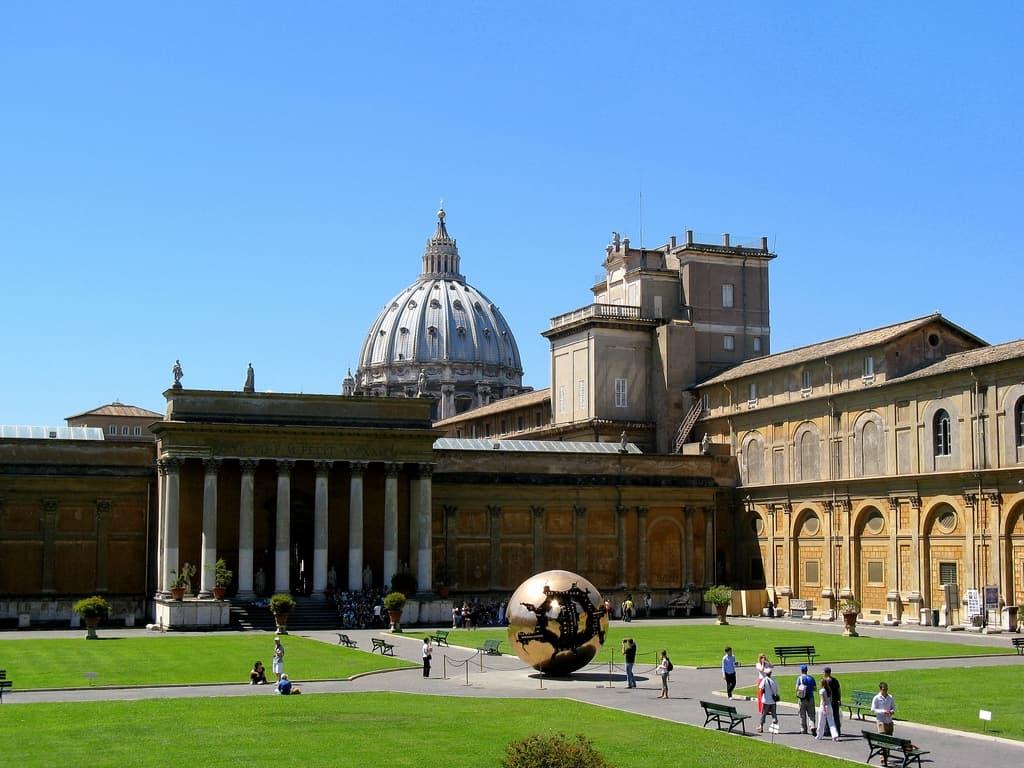 vatican museum photo