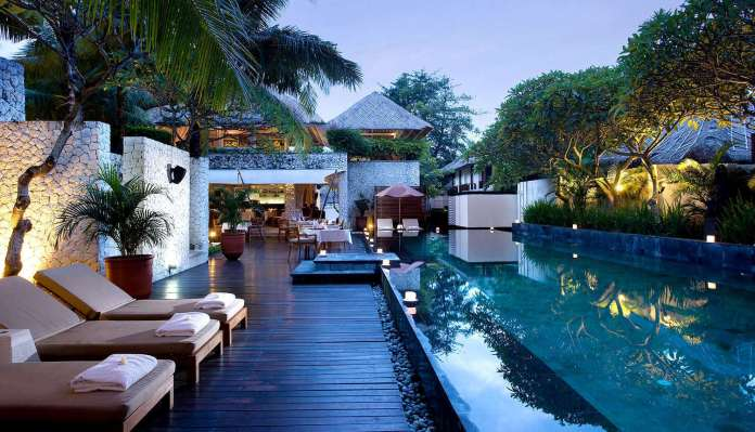 https://i1.wp.com/travelfore.com/wp-content/uploads/2015/02/karma-jimbaran-karma-lounge-spa.jpg?resize=696%2C399