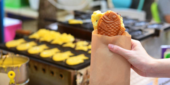 Fish-shaped biscuit called taiyaki, one of the most delicious Korean street foods.