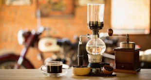 Siphon vacuum coffee maker at your coffee shop