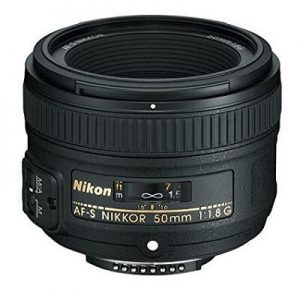 what lens for Nikon D5600