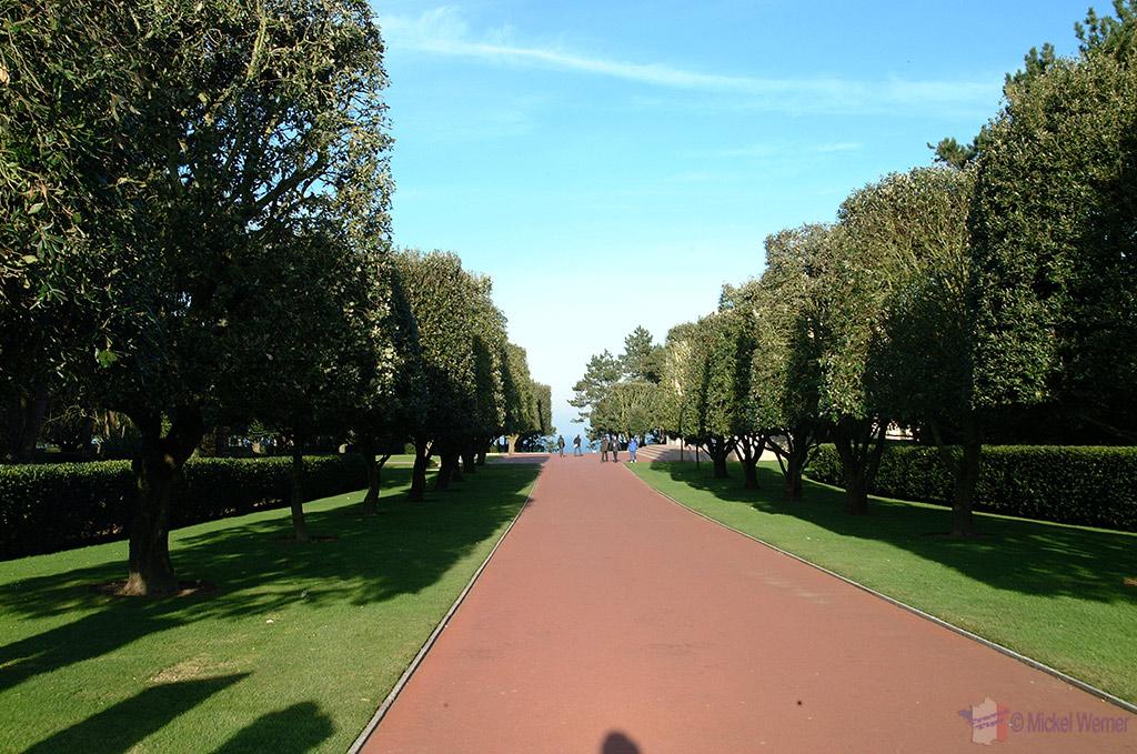 Path into the Omaha cemetery