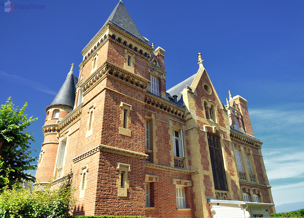 Trouville sur mer introduction travel information and for Appart hotel trouville
