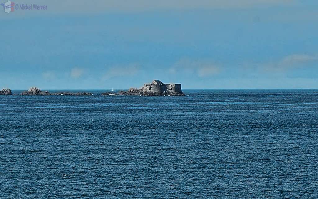 Fort du Petit Be, the second fort at the entry of St. Malo