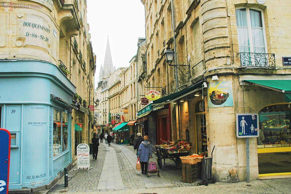 Pedestrian streets of Caen