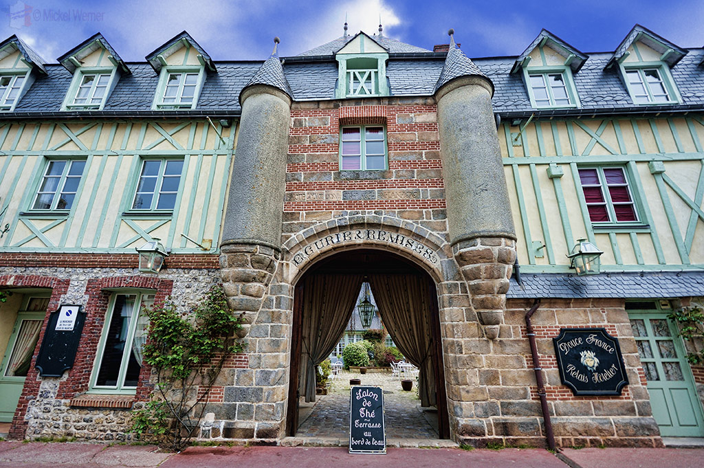 Douce France hotel in the village of Veules-Les-Roses