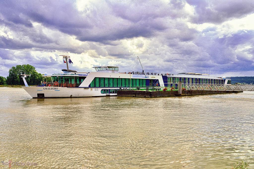 Seine cruise ship at Caudebec-en-Caux