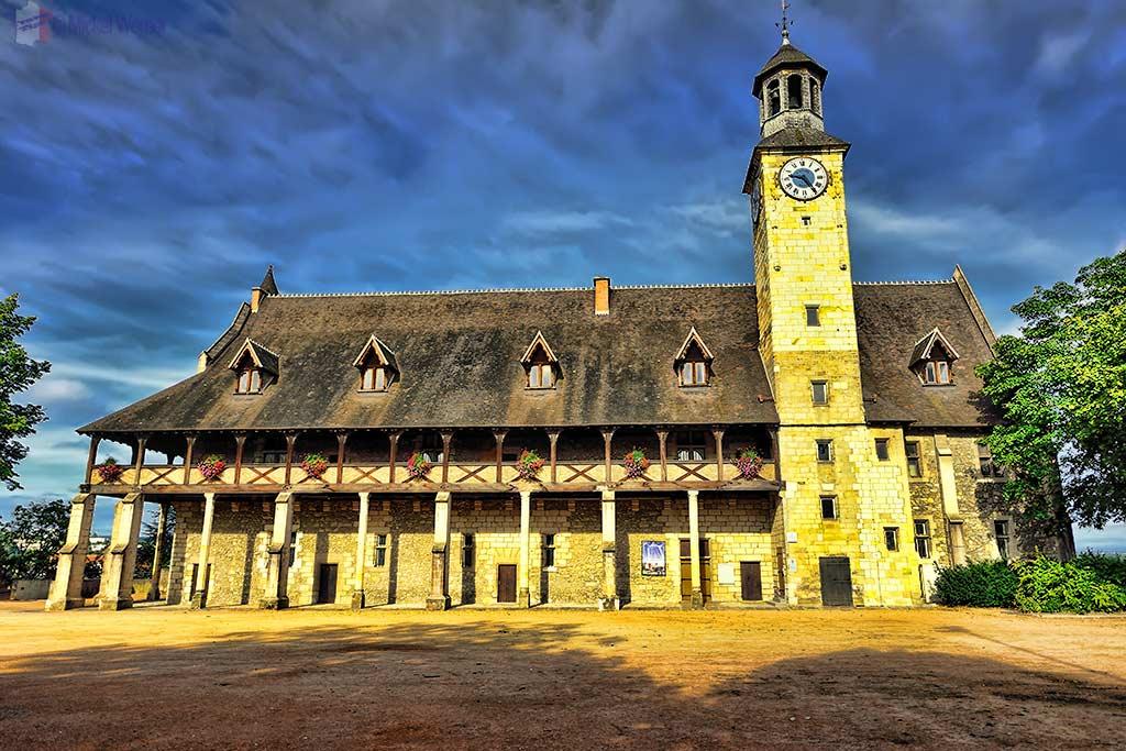Montlucon Castle – Dukes of Bourbon Castle