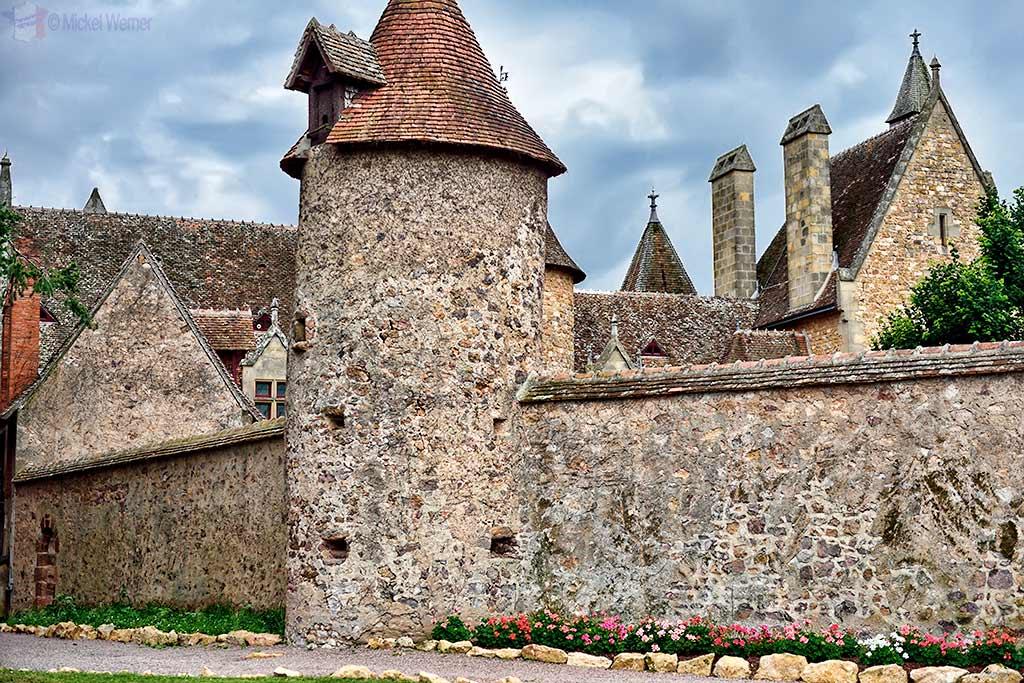 Outer walls of the Vallon-en-Sully Castle -Chateau de Peufeilhoux