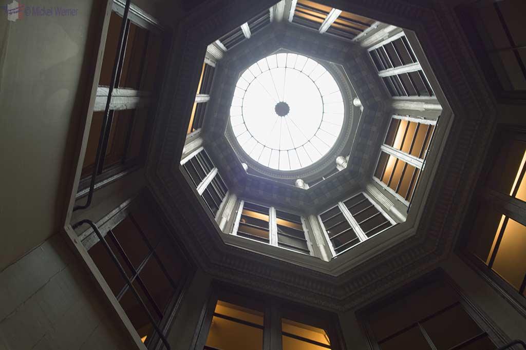 """Light shaft inside the """"Maison de l'Armateur"""" in Le Havre"""