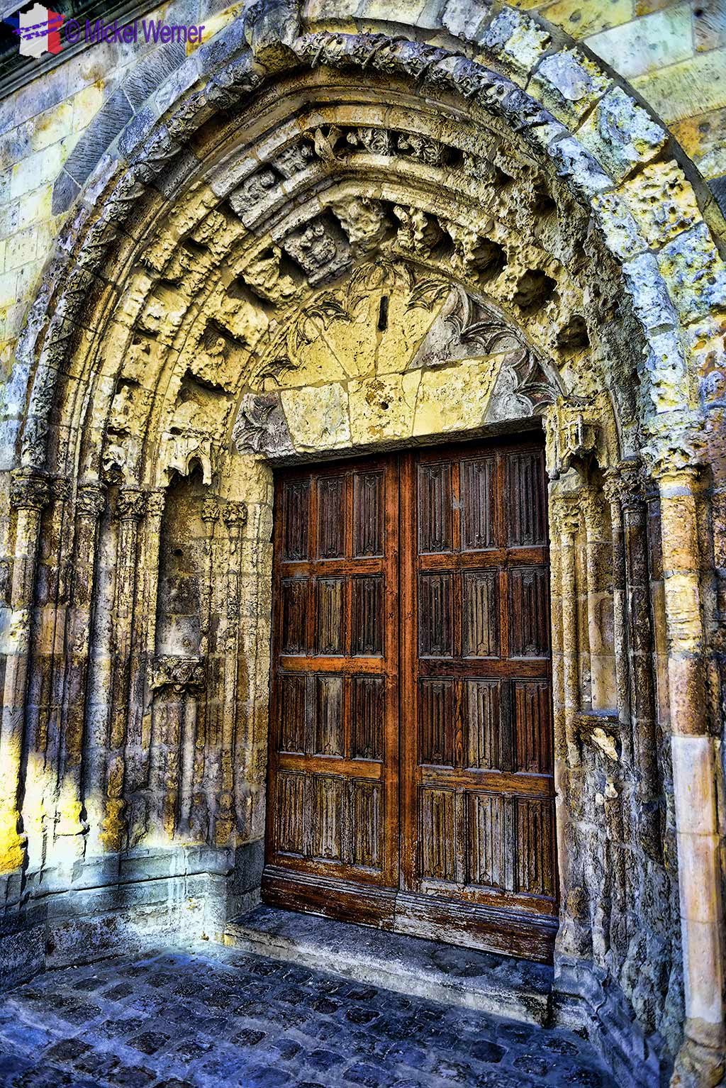 Door of the Saint Leu church of Amiens