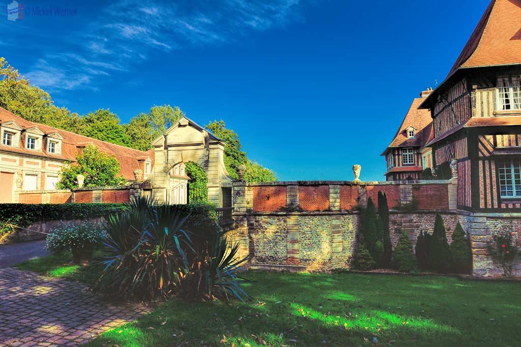 Main gate of the Chateau du Breuil, Calvados distillery in Le Breuil-en-Auge, Normandy