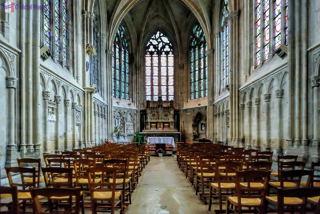 The chapel of the Virgin inside the Saint-Pierre cathedral of Lisieux