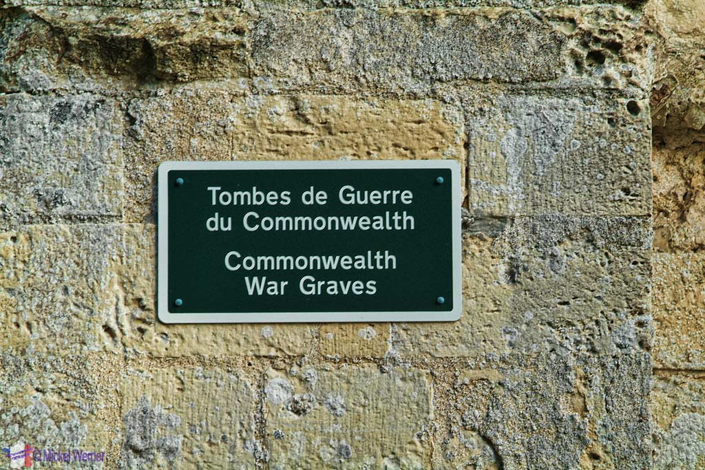 Commonwealth War Graves sign at Veulettes-Sur-Mer, Normandy