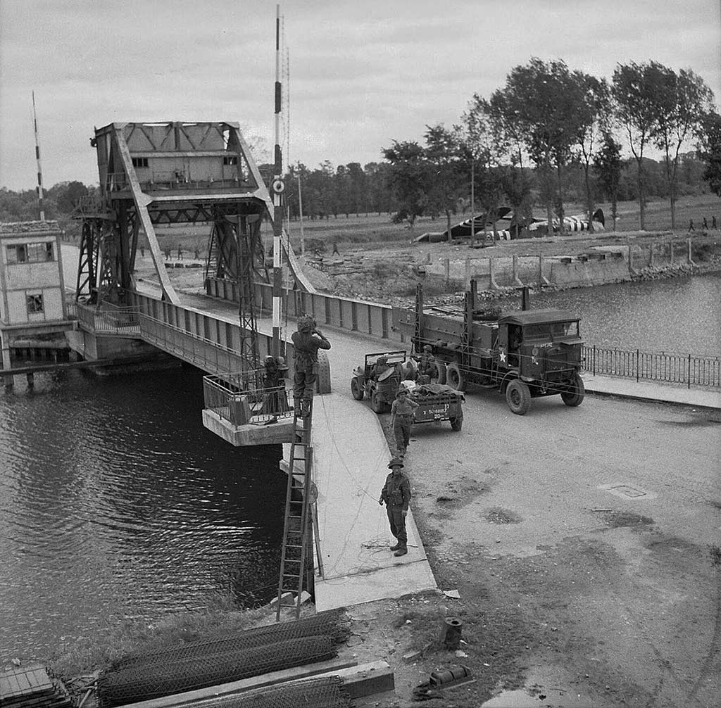 Photo of the real Pegasus bridge during D-Day