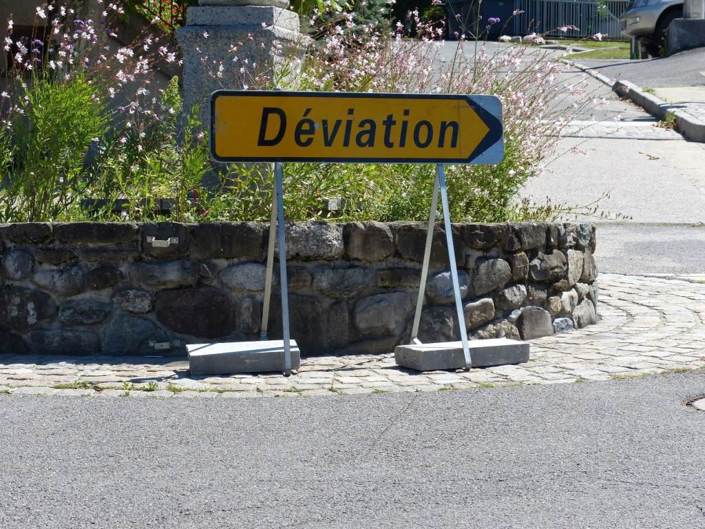 Deviation sign