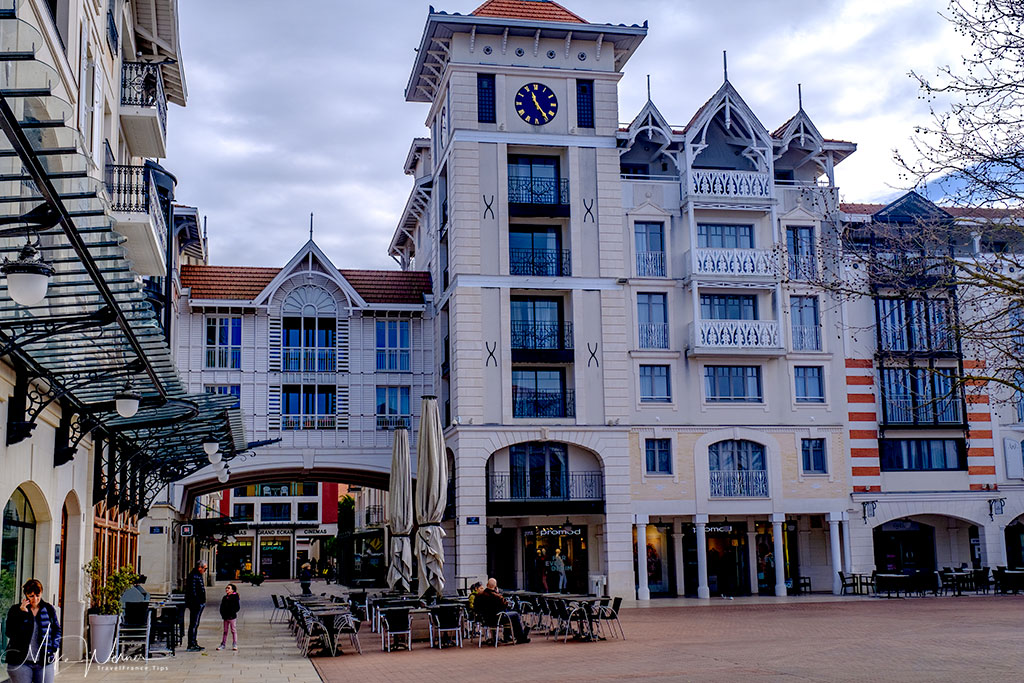 Modern buildings inside the Arcachon city centre