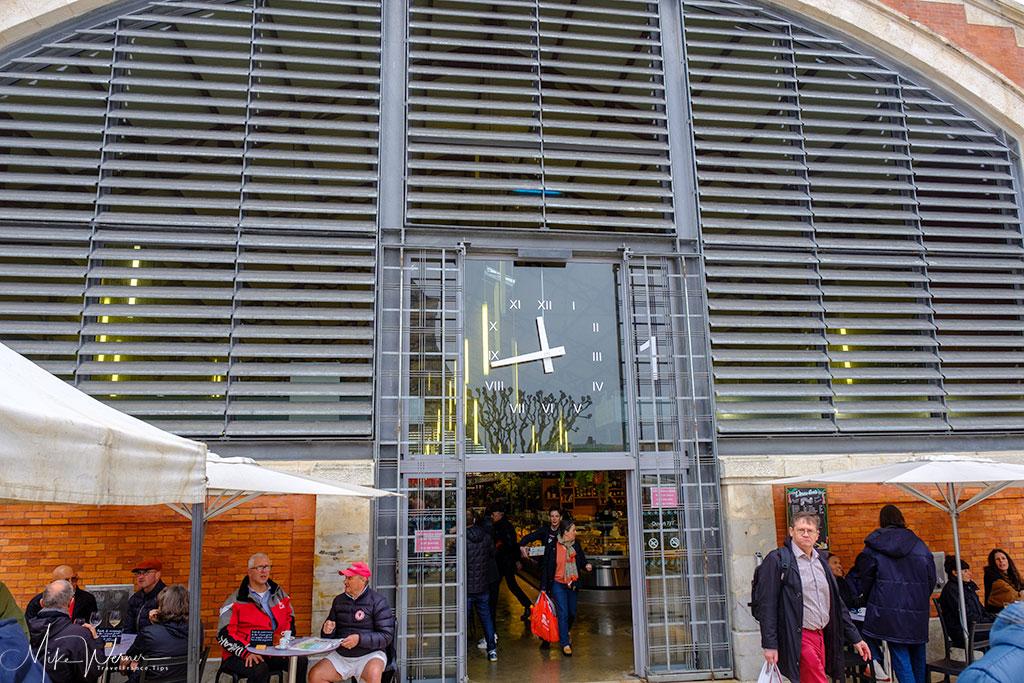 Covered food market (Les Halles)