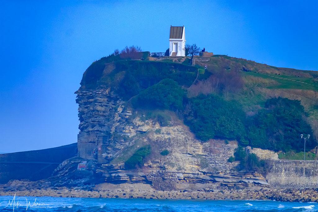 Small chapel on the cliff next to the sea walls of Cibourne / Saint-Jean-de-Luz