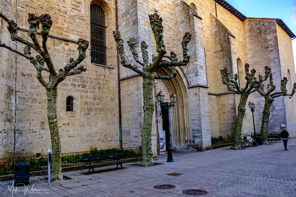 Side with the main door of the Saint-Jean-Baptiste church in Saint-Jean-de-Luz