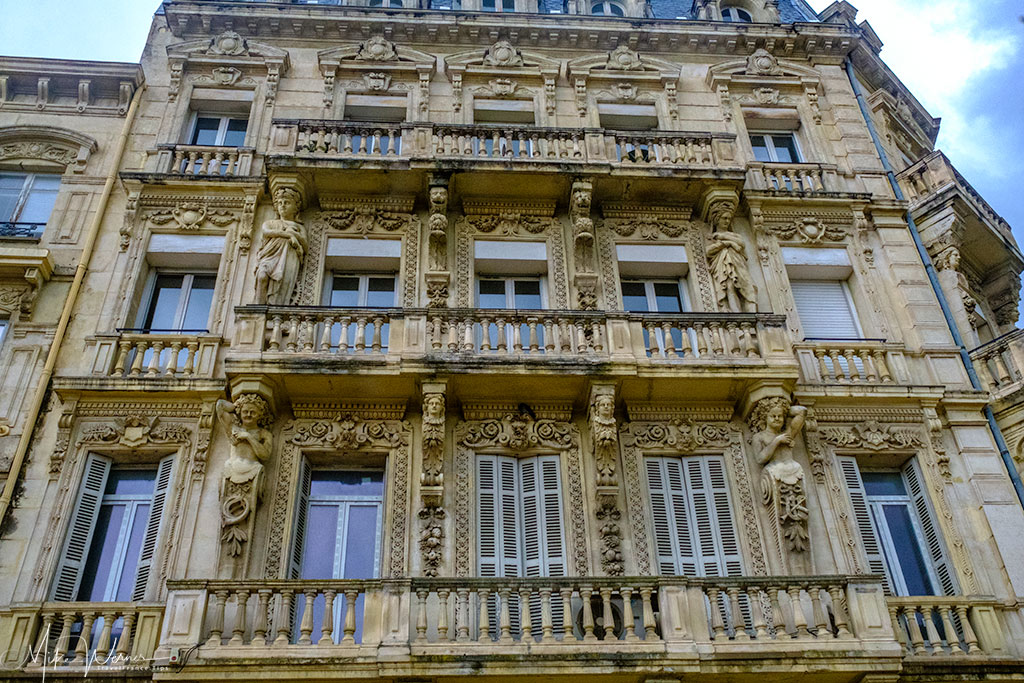 Decorated apartments in Valence
