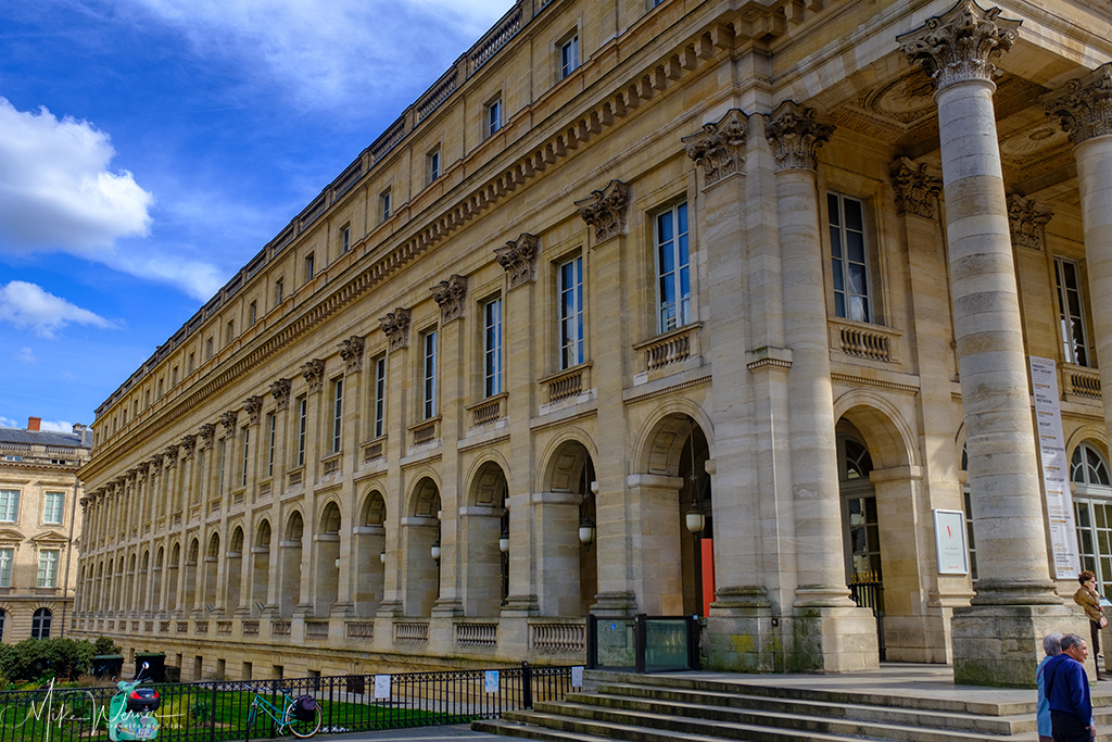 Other side of the Opera/Theatre (Grand Théâtre de Bordeaux)