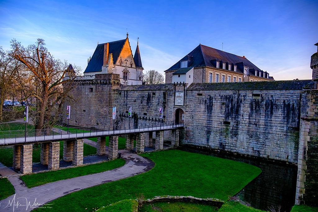 Moat snaking alongside the Duke's castle in Nantes