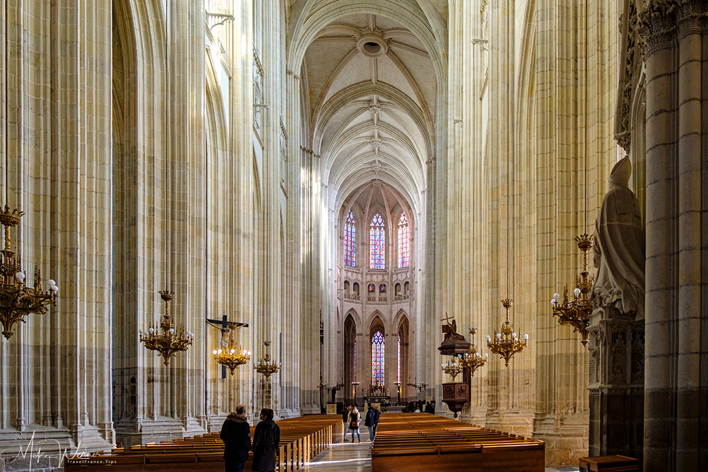 Main area of the cathedral of Nantes