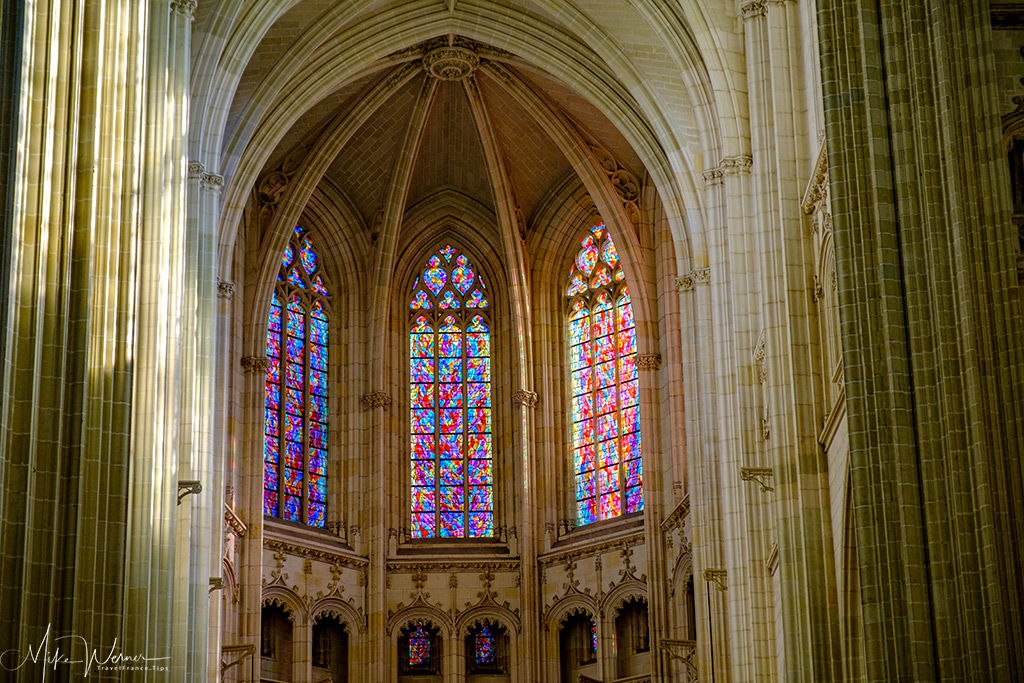 Multi-coloured stained glass window in the Nantes cathedral