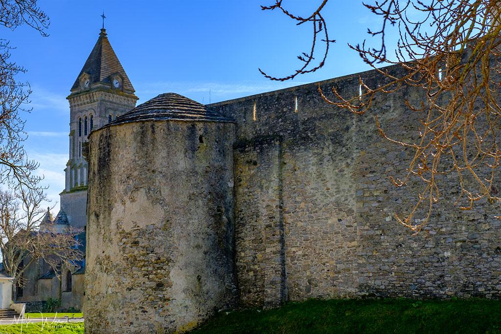 Saint-Philbert church seen next to the Noirmoutier castle Noirmoutier-en-l'Ile