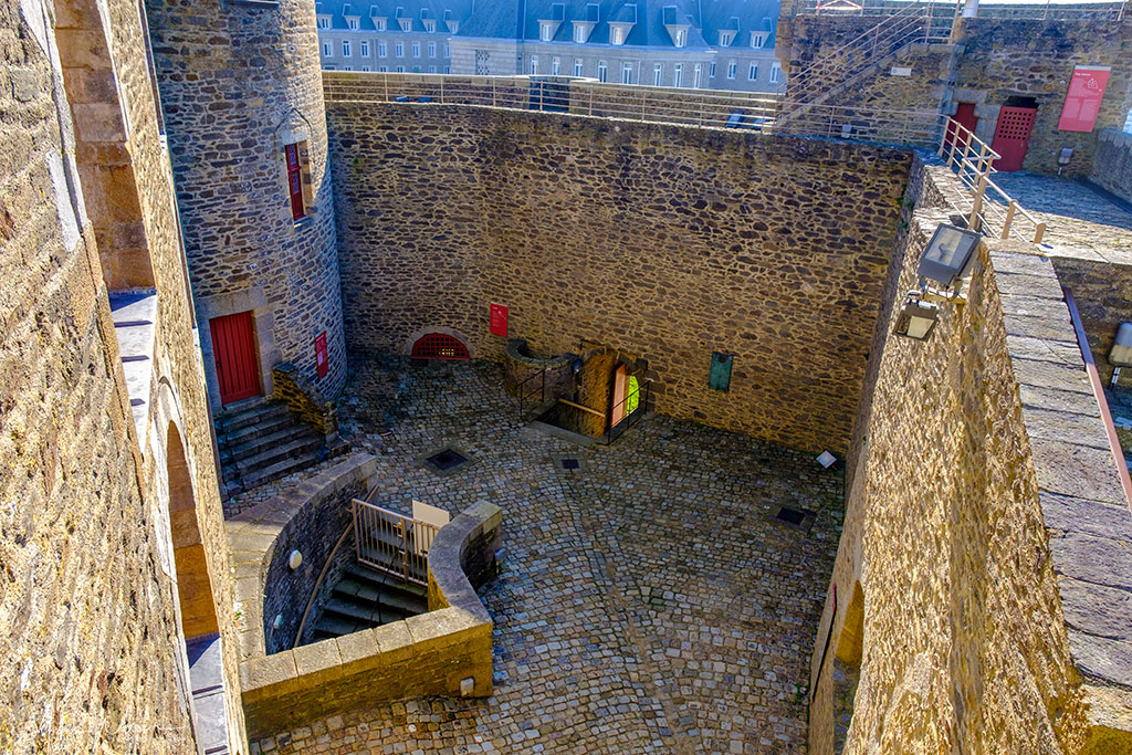 A look at the inner courtyard from the tower inside the Brest Castle/Fortress in Brittany