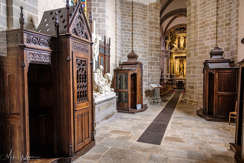 Pathway with their confessional booths in the Saint-Pierre cathedral of Vannes