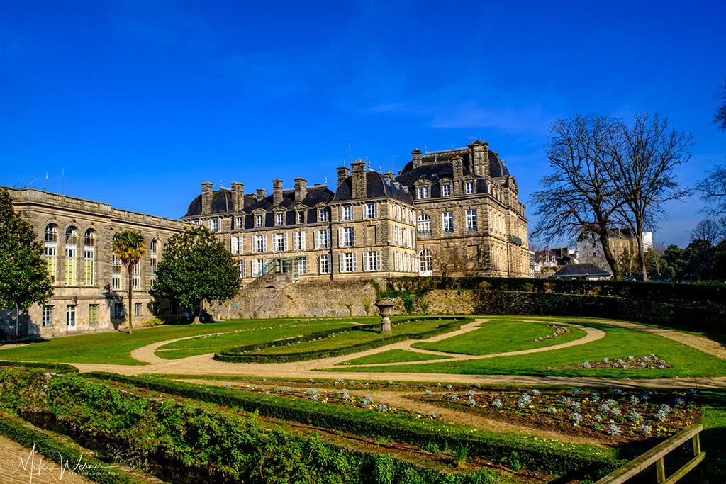 Side view of Chateau l'Hermine on the ramparts and the public gardens of Vannes in Brittany