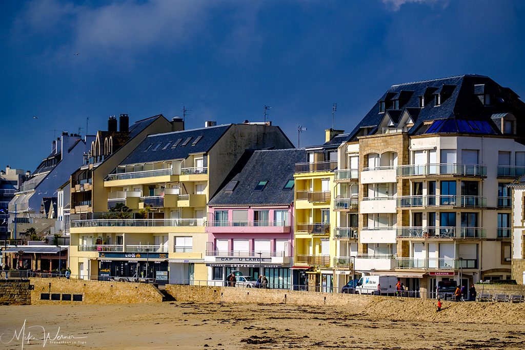 Beachside flats in Quiberon, Brittany