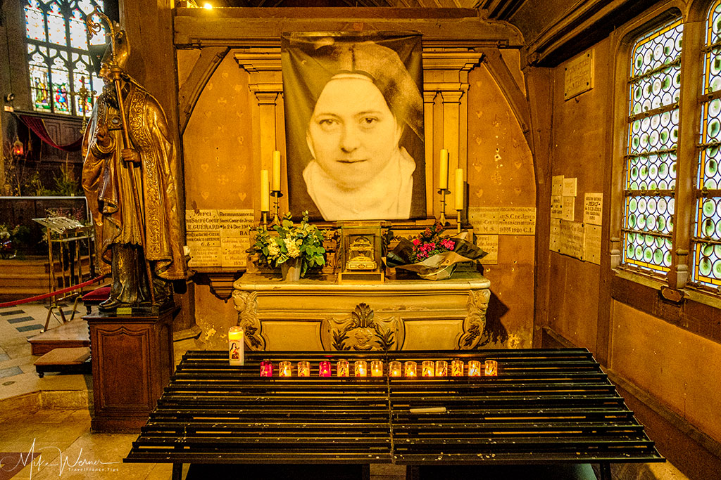 Small chapel dedicated to sainte Therese de Lisieux. at the Saint-Catherine church in Honfleur