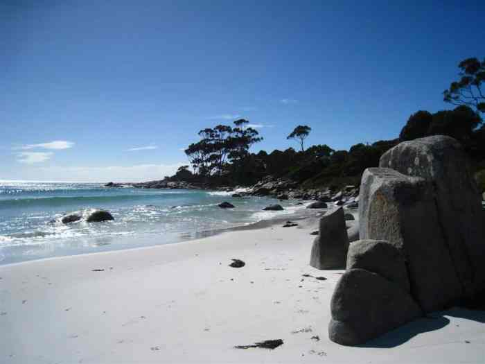 Beach at Binalong Bay